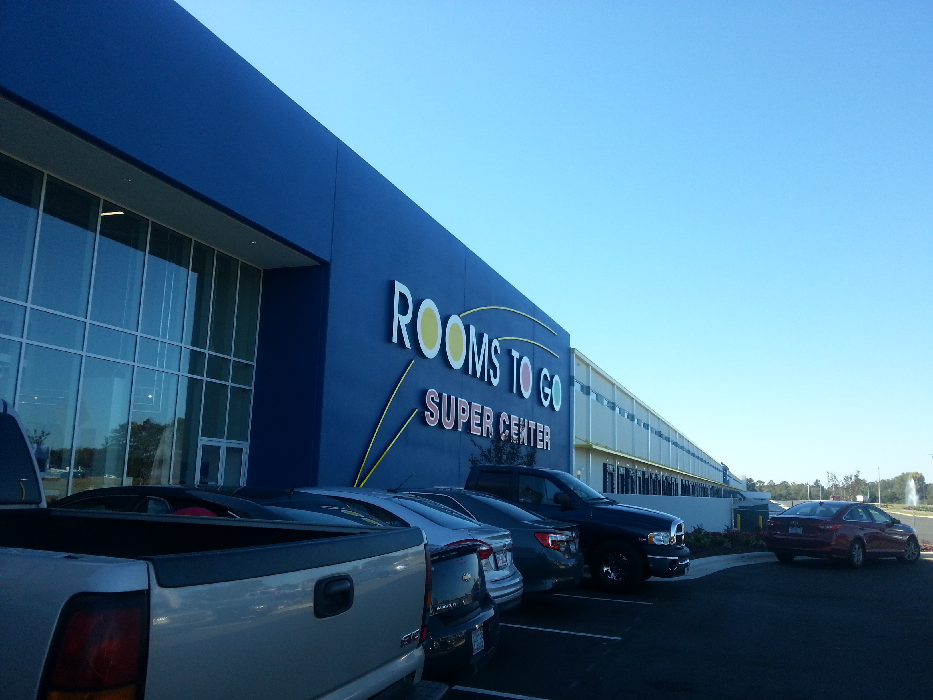 Rooms to Go Showroom/Warehouse Grand Opening – Dunn, NC – Bill ...
